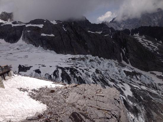Yulong Snow Mountain and Glacier Park : 玉龙雪山冰川