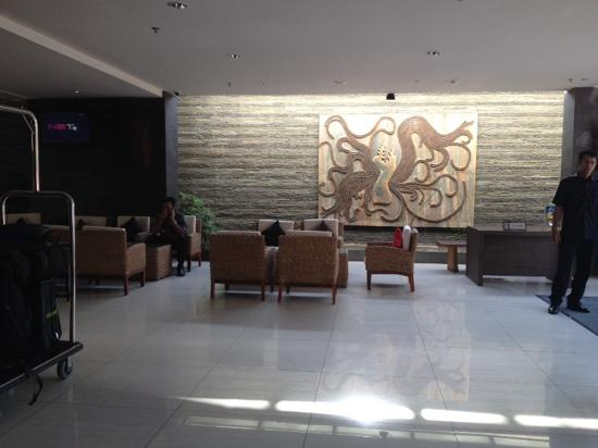 Solaris Hotel Kuta : 大堂