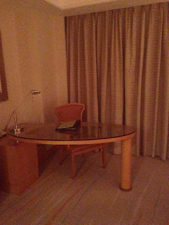 DoubleTree by Hilton Shanghai Pudong: 客房