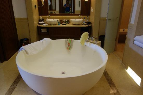 InterContinental Xishuangbanna Resort: room