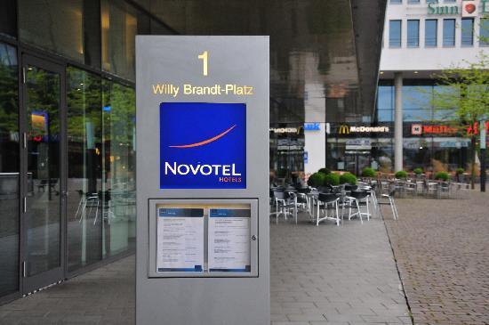 Novotel München Messe: 酒店门口
