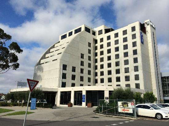 Mantra Tullamarine Hotel : 周围很空旷,也很安静,大农村