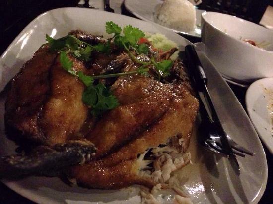 Sea View Resort & Spa Koh Chang: 酒店餐厅的烤鱼
