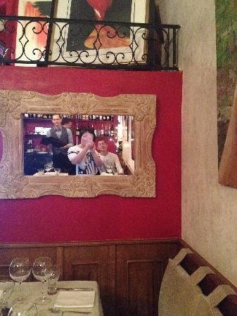 Le Manoir: 可爱的waiter、我和老公