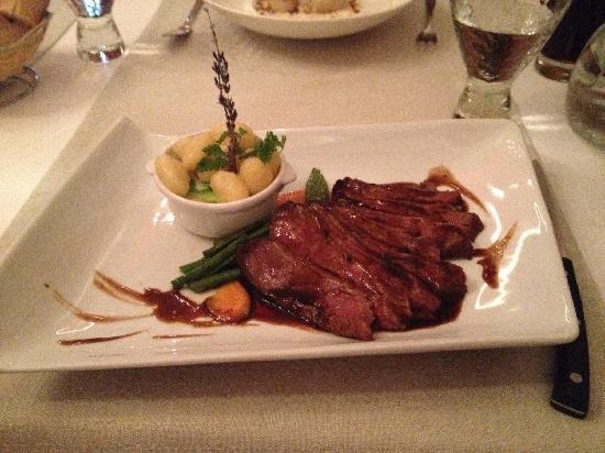 Le Manoir: 鸭肉很嫩很鲜美