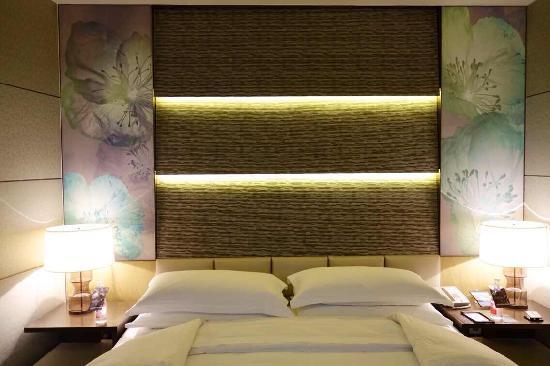 Sheraton Huzhou Hot Spring Resort : 豪华套房