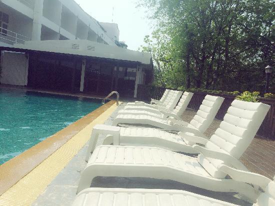 Chiangmai Hill 2000 Hotel: chiangmai hill 游泳池