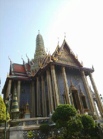 Temple du Bouddha d'Émeraude (Wat Phra Kaeo) : 华丽的玉佛寺