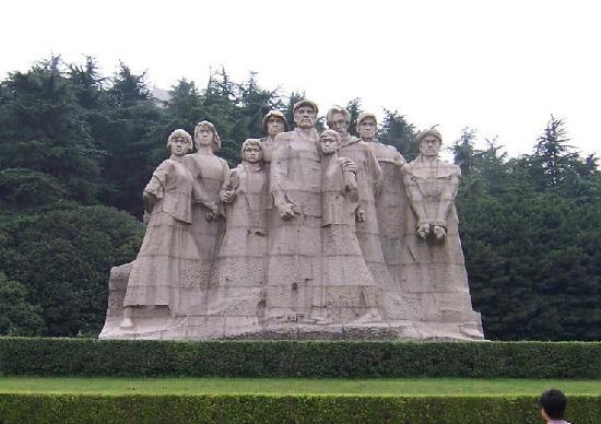 Yu Hua Tai: 雨花台雕塑