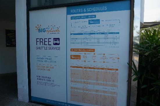 Village Hotel Katong by Far East Hospitality: bus