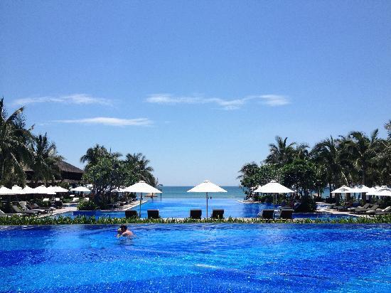Vinpearl Da Nang Resort & Villas: pool