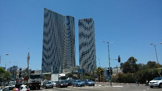 Crowne Plaza Tel Aviv City Center: 酒店外景