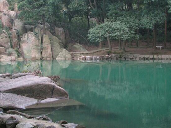 Tianchi Mountain: 天池山