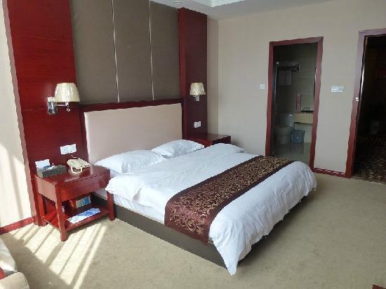 Macheng, China: 大床房