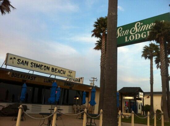 San Simeon Lodge: S