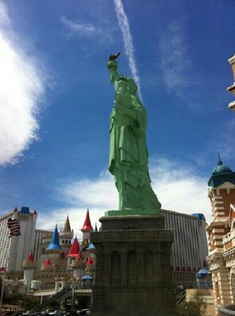 New York - New York Hotel and Casino: n