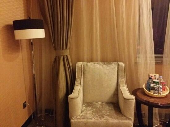 Days Hotel & Suites Changsha City Center: 沙发