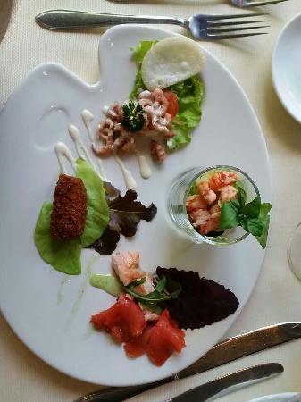 De Gulle Waard : 四种不同的鱼组成的沙拉