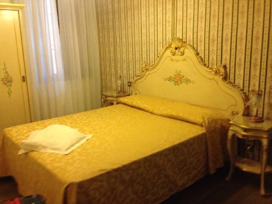 Stella Alpina Edelweiss : 酒店房间