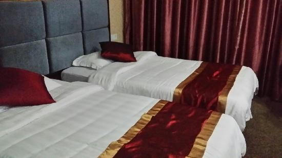 Ganfa Huangchu Hotel