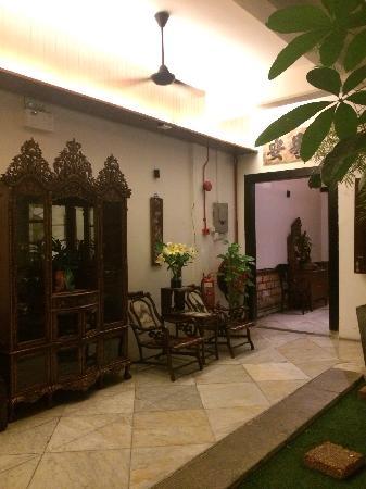 Courtyard @ Heeren Boutique Hotel: 一楼回廊