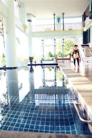 At Pingnakorn Hotel Chiangmai: 酒店泳池