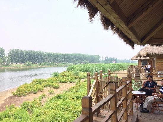 Binzhou, China: 人很少,很悠闲