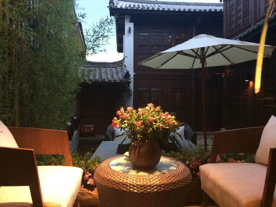Sedour Hotel Lijiang: 思渡庭院美景