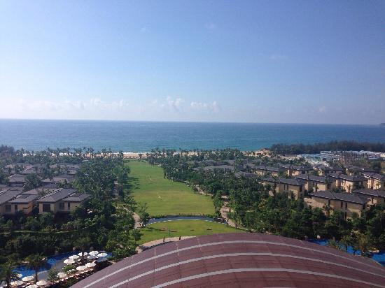 InterContinental Sanya Haitang Bay Resort: 所有房间朝海,阳台上的风景就很好