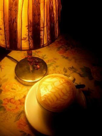 Anomali Coffee Ubud: 1