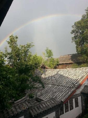 Lijiang Nalan Hostel : 在阳台房间看出去的景色