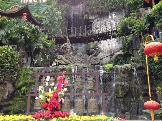 Hongya Cave: 洪崖洞