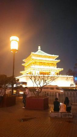 Drum Tower (Gulou) : 夜色鼓楼
