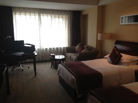 Jinlongtan Hotel: 房间