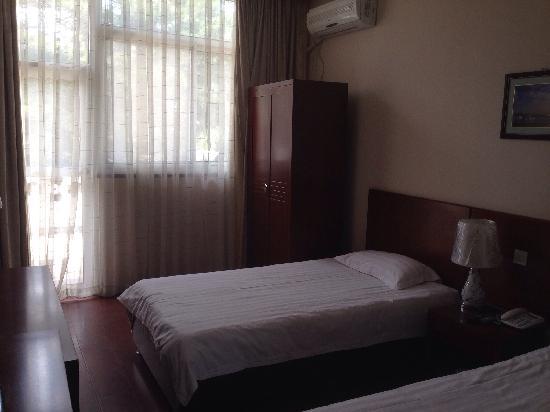 Friendship Hotel Beidaihe : 标准间A