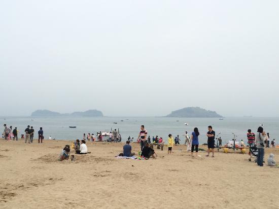 Fujiazhuang Beach: 傅家庄浴场海滩