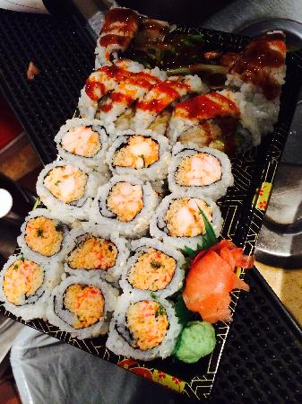 Red Lantern: talk out sushi