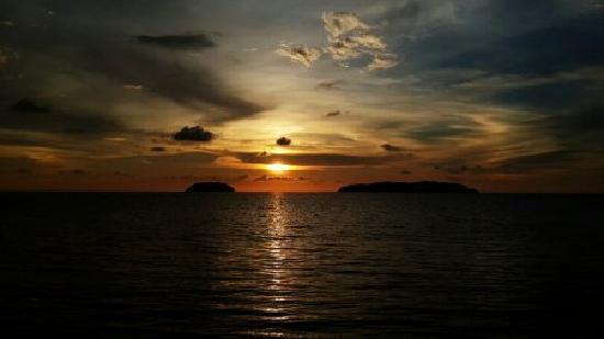 Shangri-La's Tanjung Aru Resort & Spa: 香格里拉绝美日落