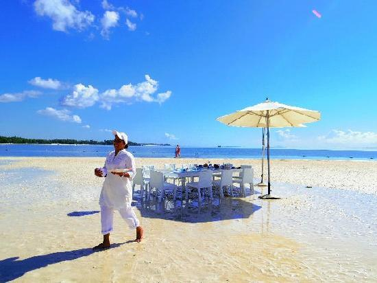 LUX* Belle Mare : 海滩私家用餐