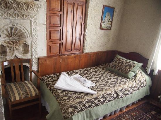 Cave Hotel Saksagan: 床