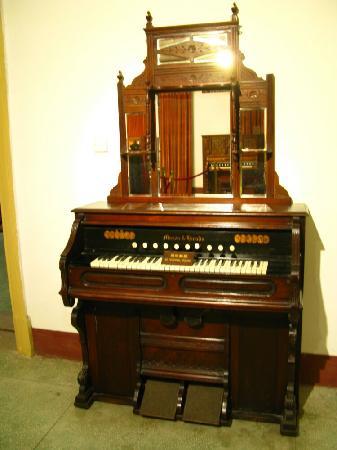 Xiamen Piano Museum : 老钢琴