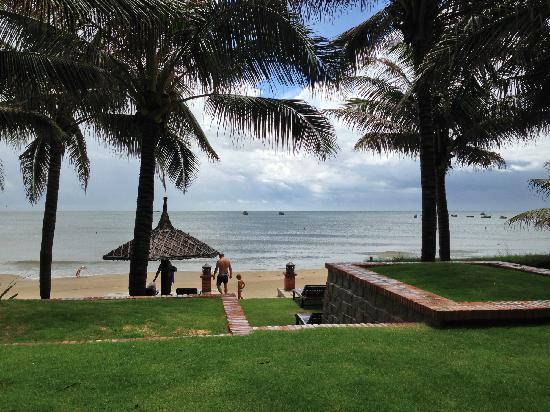 Pandanus Resort: 酒店自己的海滩