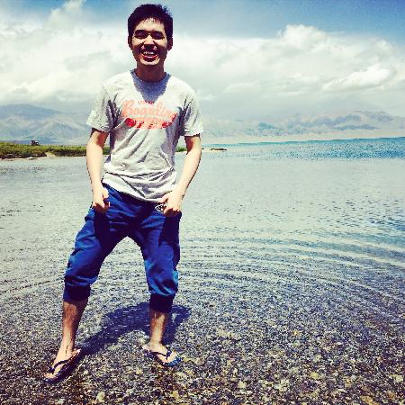 Sailimu Lake: 笑得合不拢嘴,美得很纯净的赛里木湖。