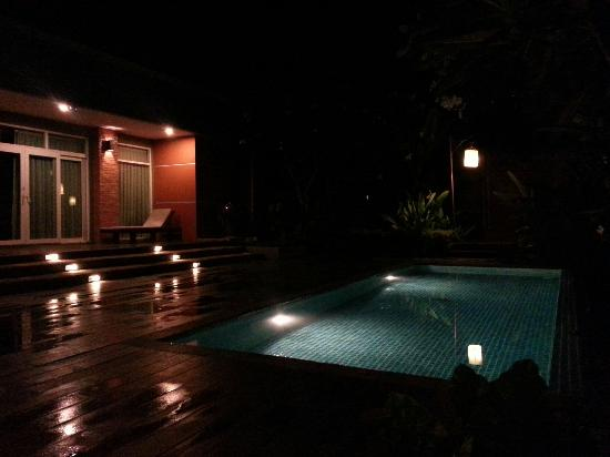 Sibsan Resort & Spa Maetaeng: 入住一卧室套房,门前带泳池
