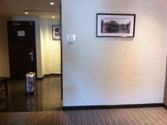 Hotel Sixty3: 房间