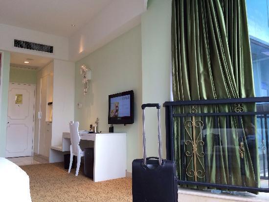 Oasis O.City Hotel Shenzhen: room