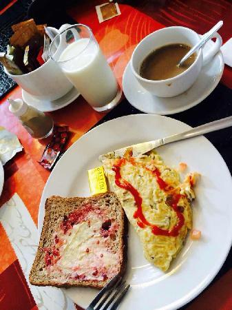 Naya Cafe: 营养早餐
