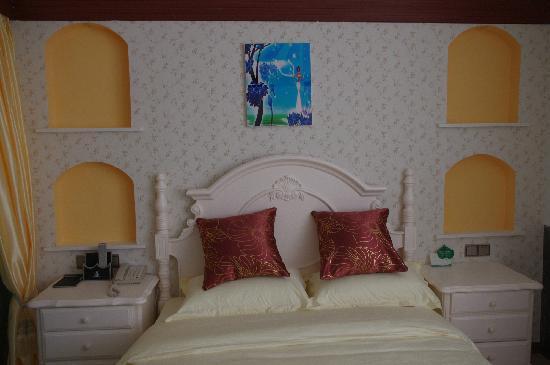 Balidao Holiday Hotel: 喜欢的风格~床上用品也很干净
