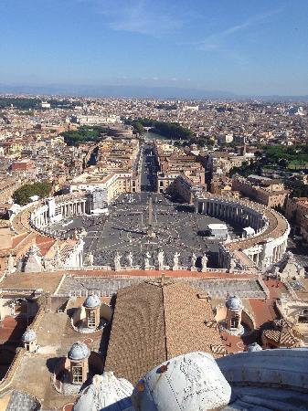 Abbazia di San Paolo Fuori Le Mura : 站在大教堂最高处拍的照片,美爆了