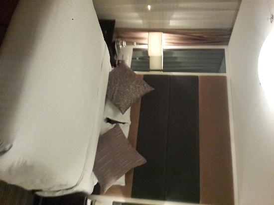 Elite Residences Shanghai: 床很大舒服